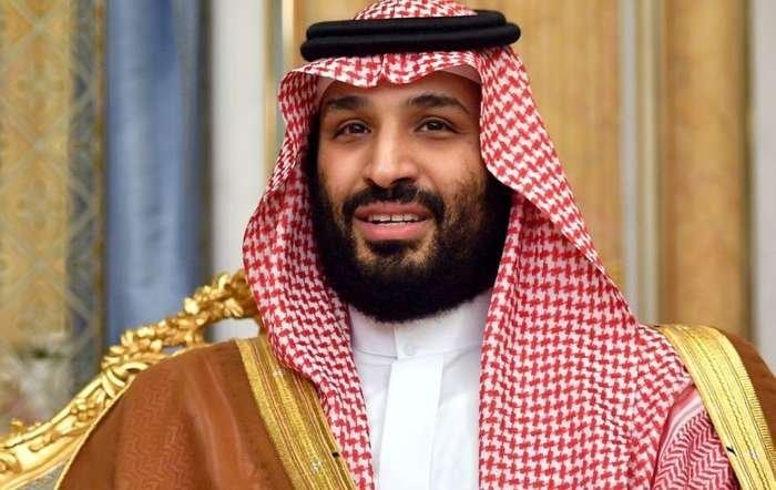 Mohamed bin Salmán, el dueño del Newcastle, tiene una isla privada y 150 mujeres